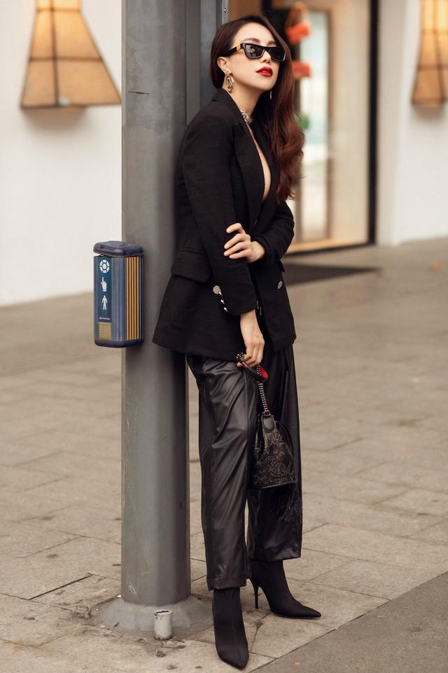 Ngắm thời trang xuống phố cực chất của Trà Ngọc Hằng - Ảnh 11.