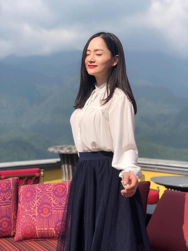 Lan Phương mong mọi người ủng hộ Lam Lam ở VTV Awards 2019 - Ảnh 1.
