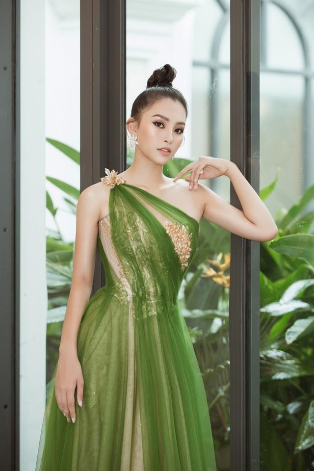 Hoa hậu Tiểu Vy hào hứng trở thành Đại sứ của Quảng Bình - Ảnh 8.