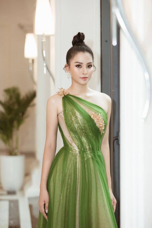 Hoa hậu Tiểu Vy hào hứng trở thành Đại sứ của Quảng Bình - Ảnh 6.