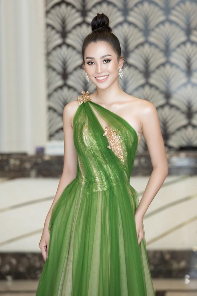 Hoa hậu Tiểu Vy hào hứng trở thành Đại sứ của Quảng Bình - Ảnh 4.
