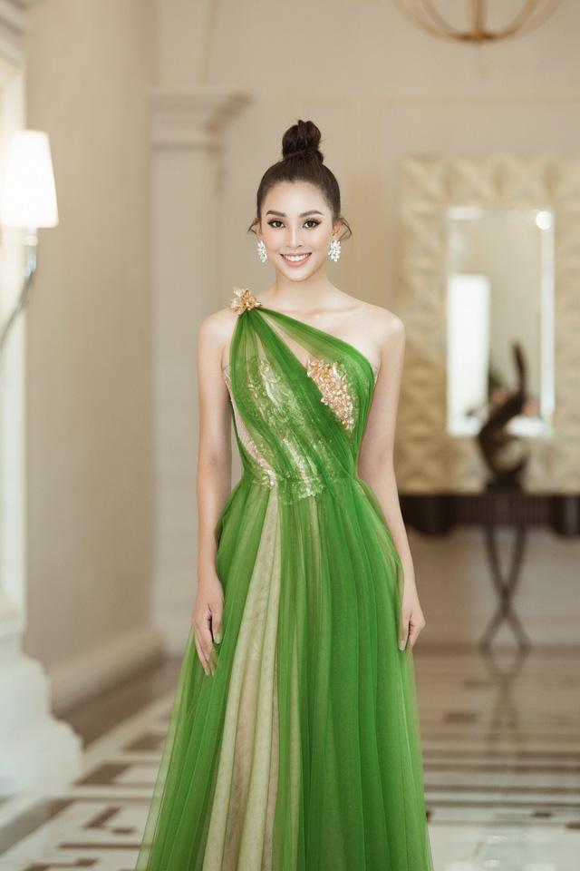 Hoa hậu Tiểu Vy hào hứng trở thành Đại sứ của Quảng Bình - Ảnh 1.