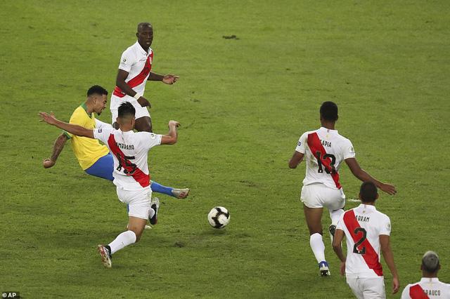 ẢNH: Jesus nhận thẻ đỏ, Brazil vẫn vô địch Copa America sau 12 năm chờ đợi - Ảnh 9.
