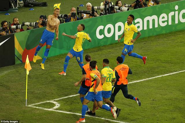 ẢNH: Jesus nhận thẻ đỏ, Brazil vẫn vô địch Copa America sau 12 năm chờ đợi - Ảnh 16.