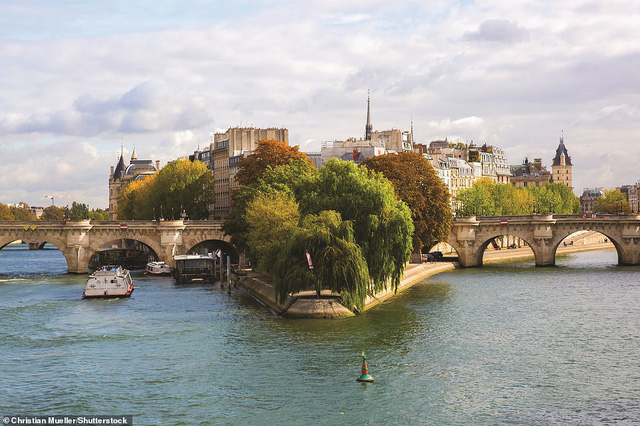 Lý giải vì sao Paris được mệnh danh là thành phố lãng mạn nhất thế giới - Ảnh 6.