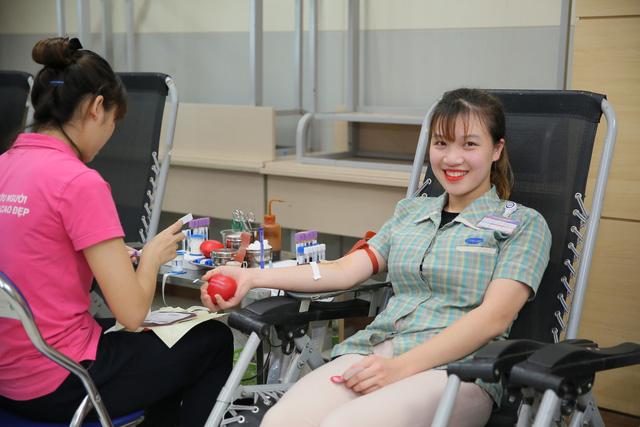 Hơn 3.300 đơn vị máu được hiến tặng tại chương trình Chung dòng máu VIệt 2019 - Ảnh 3.