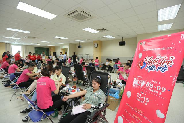 Hơn 3.300 đơn vị máu được hiến tặng tại chương trình Chung dòng máu VIệt 2019 - Ảnh 5.