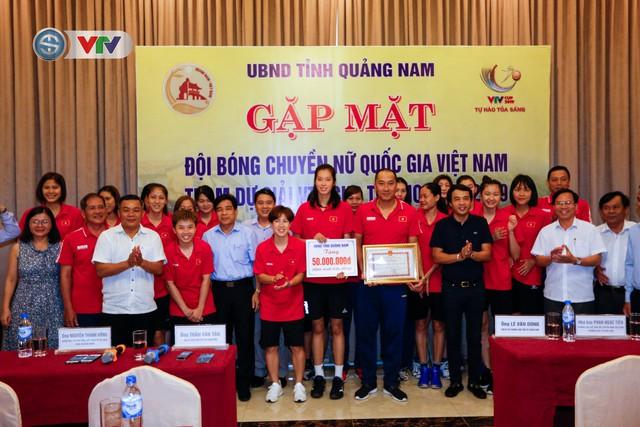 UBND tỉnh Quảng Nam gặp mặt động viên ĐT Bóng chuyền nữ Việt Nam - Ảnh 2.