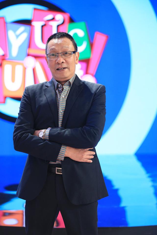 Nhà báo Lại Văn Sâm trở lại Ký ức vui vẻ mùa 2 - Ảnh 1.