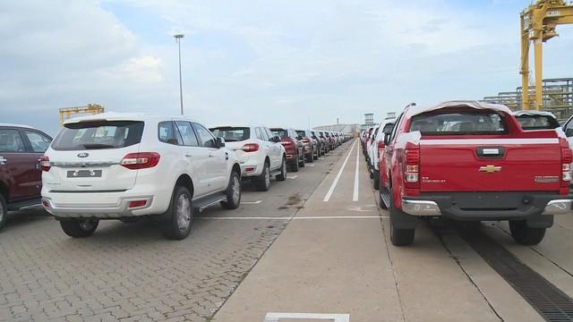 7 tháng đầu năm, doanh số bán ô tô nhập khẩu nguyên chiếc tăng gấp đôi cùng kỳ - Ảnh 1.