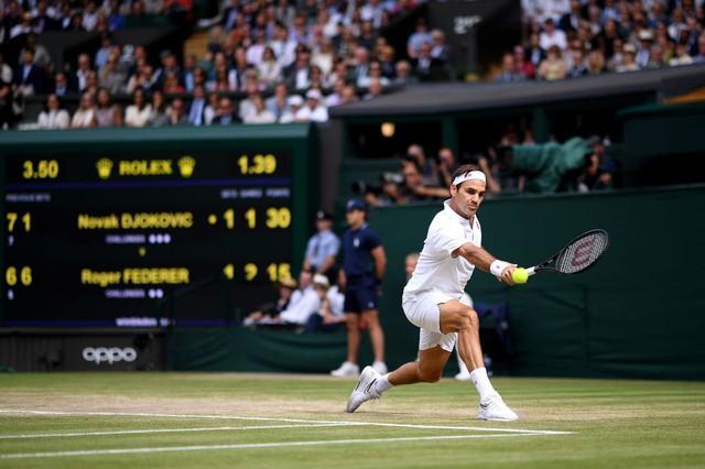 Roger Federer gặp may nhưng sẽ bị Novak Djokovic vượt qua - Ảnh 2.