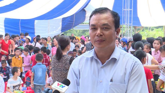 Quỹ Tấm lòng Việt trao tặng 500 suất quà đến học sinh dân tộc thiểu số tỉnh Lạng Sơn - Ảnh 4.