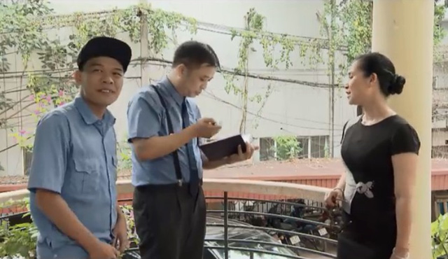 Những nhân viên gương mẫu - Tập 1: Đủ mọi thói hư tật xấu ở chốn công sở được phơi bày - Ảnh 4.