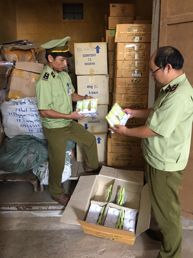 Quảng Trị: Thu giữ 4.500 sản phẩm mỹ phẩm Thái Lan nhập lậu - Ảnh 1.