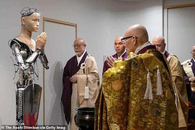 Chùa Kodaiji (Nhật Bản) bổ nhiệm nhà sư robot - Ảnh 2.