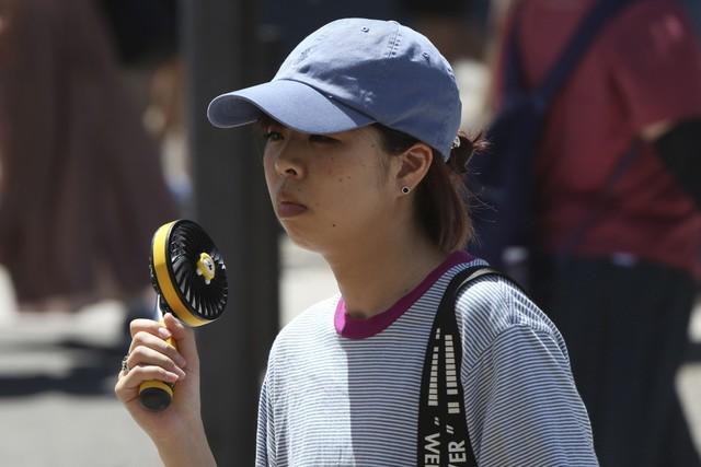 23 người tử vong do nắng nóng ở Nhật Bản - Ảnh 2.
