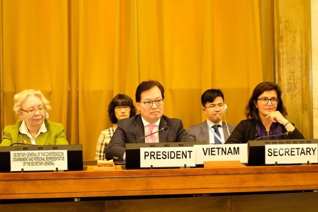 Hội nghị Giải trừ quân bị họp phiên bế mạc nhiệm kỳ Chủ tịch của Việt Nam - Ảnh 1.