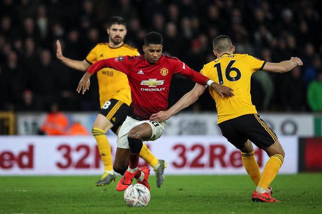 Lịch trực tiếp bóng đá Ngoại hạng Anh vòng 2: Man City đối đầu Tottenham, Man Utd gặp bài test - Ảnh 1.