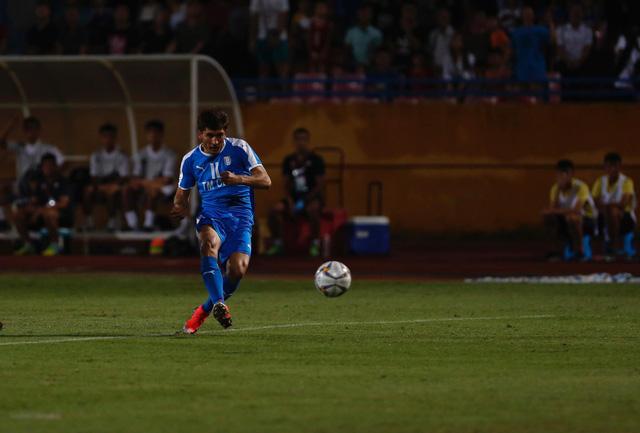 AFC Cup 2019: Quang Hải toả sáng, CLB Hà Nội thắng nghẹt thở Altyn Asyr - Ảnh 2.