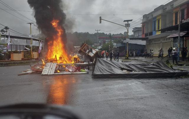 Bạo loạn bùng phát tại tỉnh Papua, Indonesia - Ảnh 1.