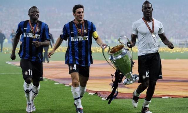 Về nhà đi con! - Lý do đầy cảm xúc cho chuyến hồi hương của Balotelli - Ảnh 1.