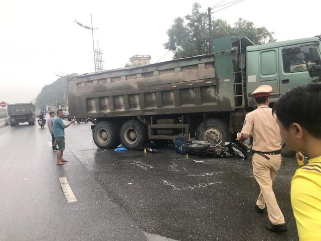 Tai nạn giao thông ở Ninh Bình, 2 người nước ngoài thương vong - Ảnh 1.