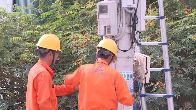 Đảm bảo cung cấp điện trong dịp Quốc khánh 2/9 - Ảnh 1.