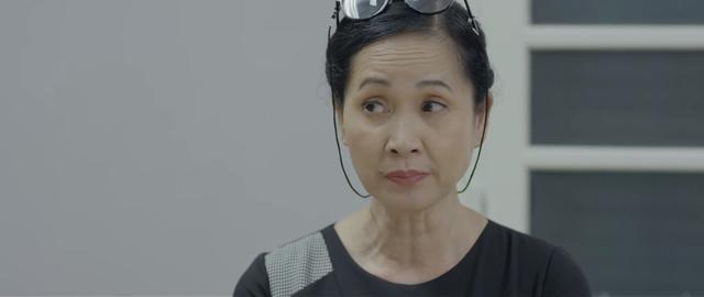 Những nhân viên gương mẫu - Tập 7: Có thâm niên lâu năm như bà Như Ý (NSND Lan Hương), chẳng ai có thể đụng vào - Ảnh 2.