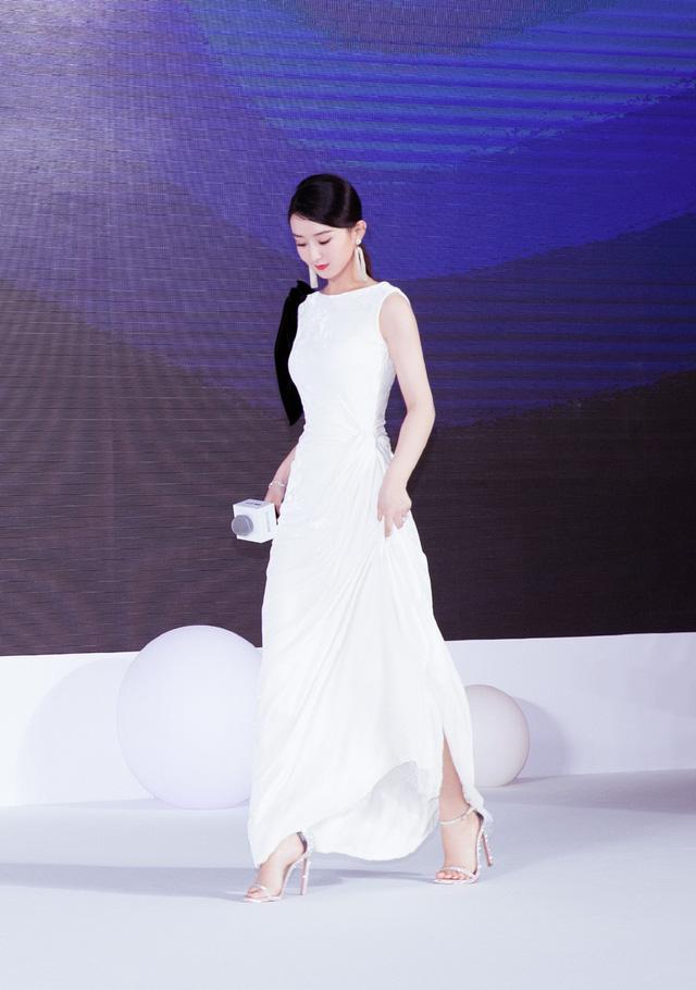 Triệu Lệ Dĩnh cực xinh ngày trở lại showbiz - Ảnh 5.