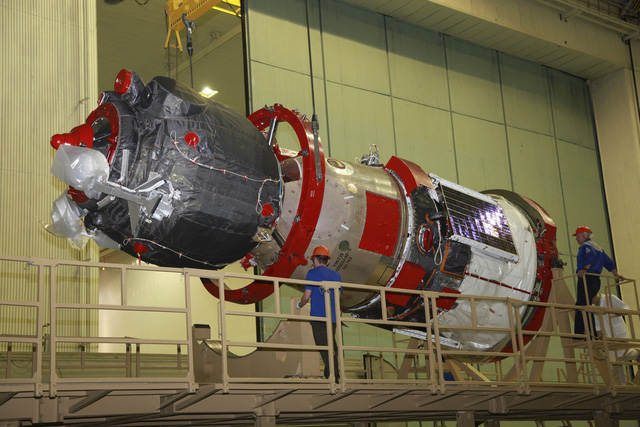 Nga thử thành công nhiều tên lửa đạn đạo từ tàu ngầm hạt nhân - Ảnh 2.