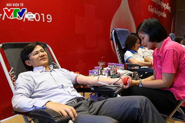 Ngày hội hiến máu Trách nhiệm cộng đồng - Giọt hồng sẻ chia - Ảnh 6.