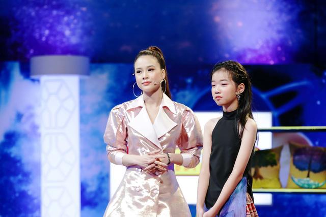 Cô  bé 13 tuổi nuôi khát vọng cạnh tranh trực tiếp Hoa hậu Ngọc Hân - Ảnh 5.