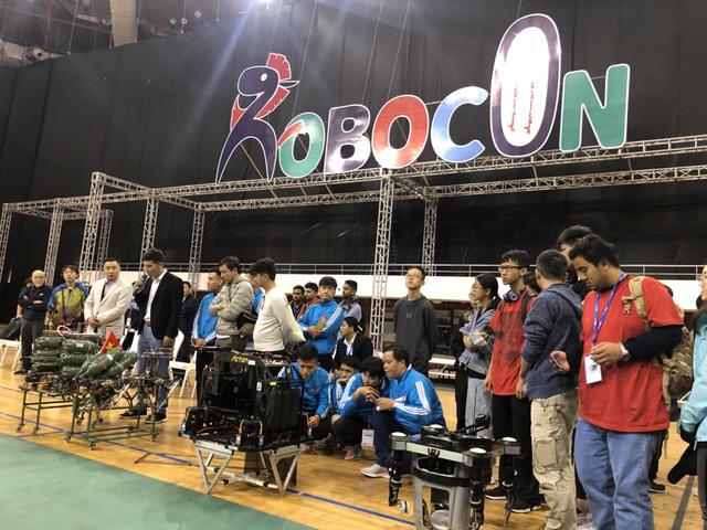 ABU Robocon 2019: Các đội tuyển trình diễn và chia sẻ kinh nghiệm chế tạo robot - Ảnh 1.