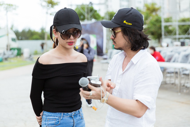Đông Nhi - Chi Pu - Hoàng Thuỳ Linh - Ái Phương tập tổng duyệt Chung kết Miss World Việt Nam 2019 - Ảnh 5.