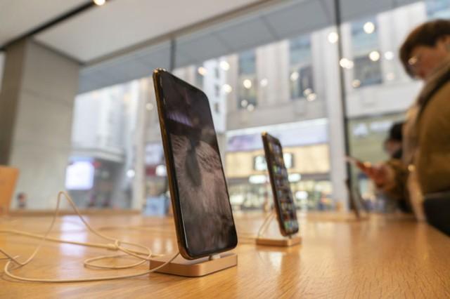 Chiến tranh thương mại có thể khiến Apple thiệt hại 8 triệu chiếc iPhone - Ảnh 1.