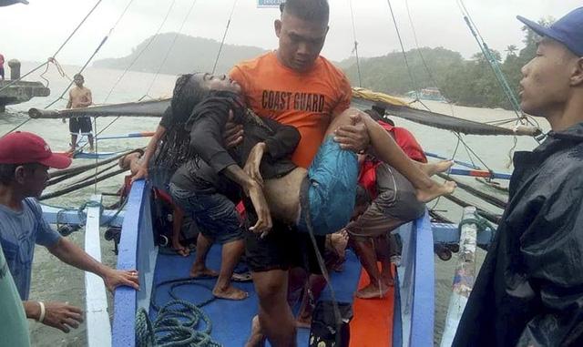 Philippines: Con số thiệt mạng trong 3 vụ đắm tàu tăng lên 31 người - Ảnh 2.