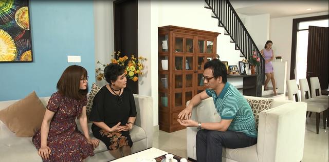 Gia đình 4.0: Chị Chiều (Thanh Hương) khóc ngất khi biết được tình trường của chồng - Ảnh 2.