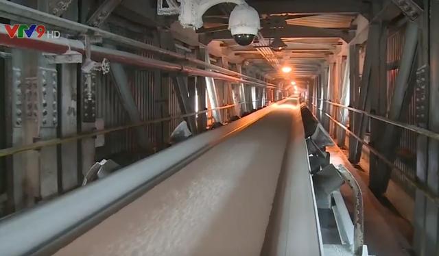 Đạm Cà Mau lần đầu tiên cán mốc 6 triệu tấn phân urê - Ảnh 1.