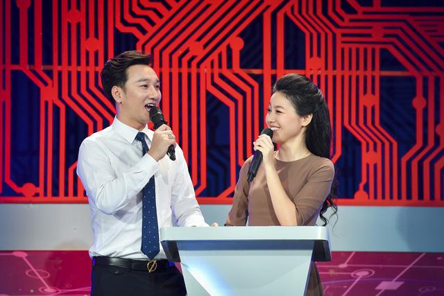 """MC Hồng Nhung: """"Được lọt vào top 5 MC ấn tượng VTV Awards 2019 là một điều quá hạnh phúc"""" - ảnh 4"""