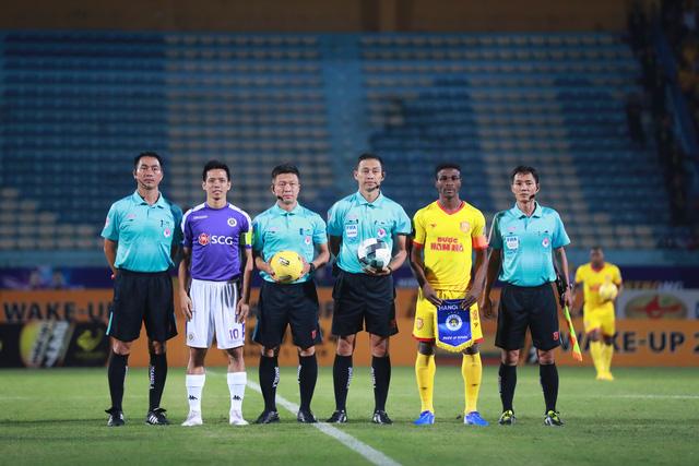 ẢNH: CLB Hà Nội thắng vùi dập DNH Nam Định - Ảnh 1.