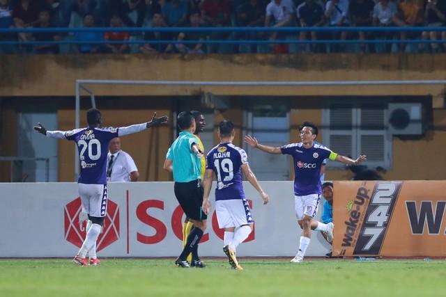 ẢNH: CLB Hà Nội thắng vùi dập DNH Nam Định - Ảnh 5.