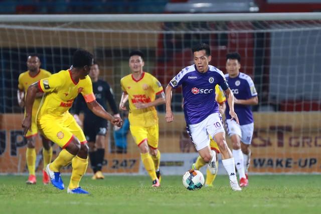 ẢNH: CLB Hà Nội thắng vùi dập DNH Nam Định - Ảnh 10.
