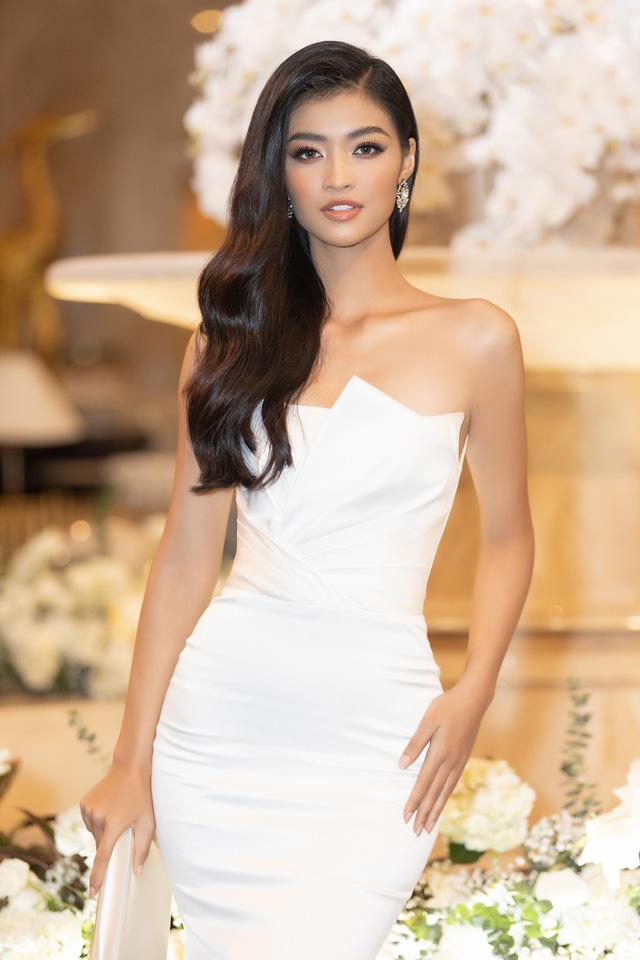 Lương Thùy Linh, Tường San, Kiều Loan đọ sắc trong váy trắng nuột nà - Ảnh 20.