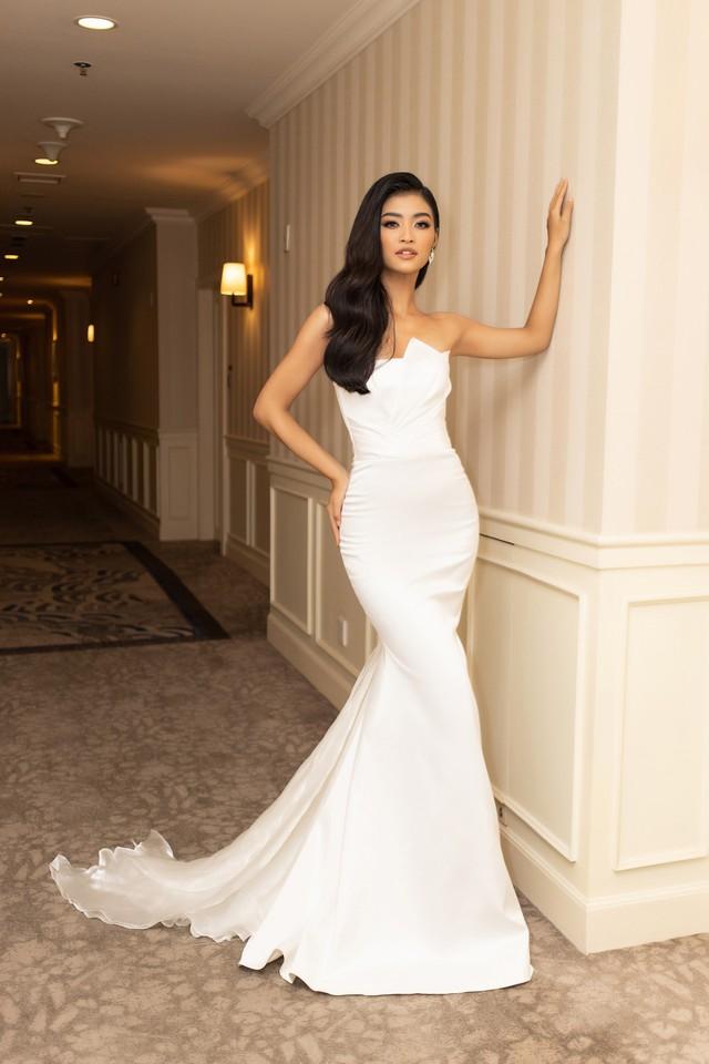 Lương Thùy Linh, Tường San, Kiều Loan đọ sắc trong váy trắng nuột nà - Ảnh 19.