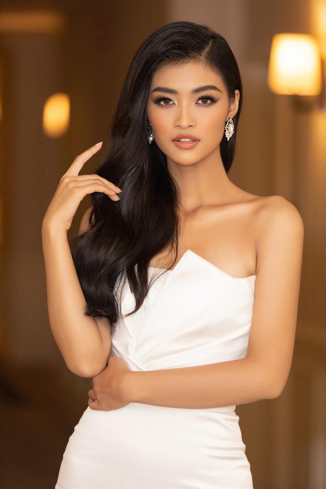 Lương Thùy Linh, Tường San, Kiều Loan đọ sắc trong váy trắng nuột nà - Ảnh 17.