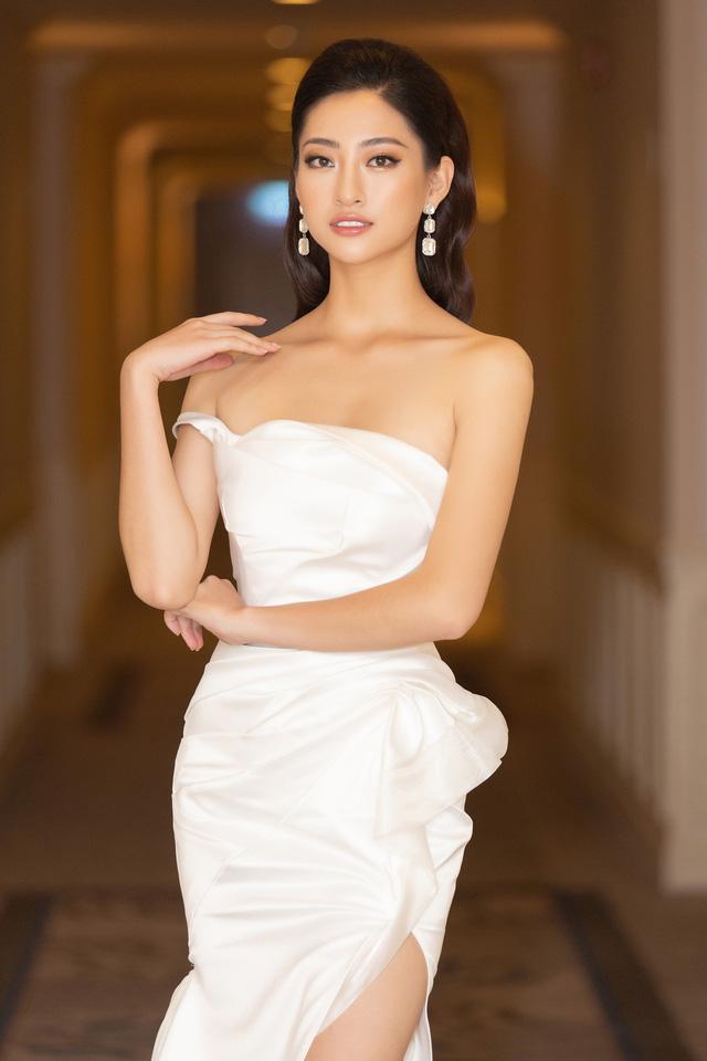 Lương Thùy Linh, Tường San, Kiều Loan đọ sắc trong váy trắng nuột nà - Ảnh 6.