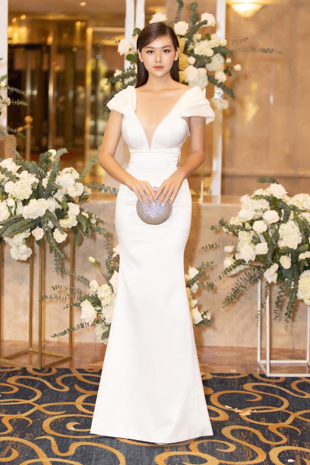 Lương Thùy Linh, Tường San, Kiều Loan đọ sắc trong váy trắng nuột nà - Ảnh 10.