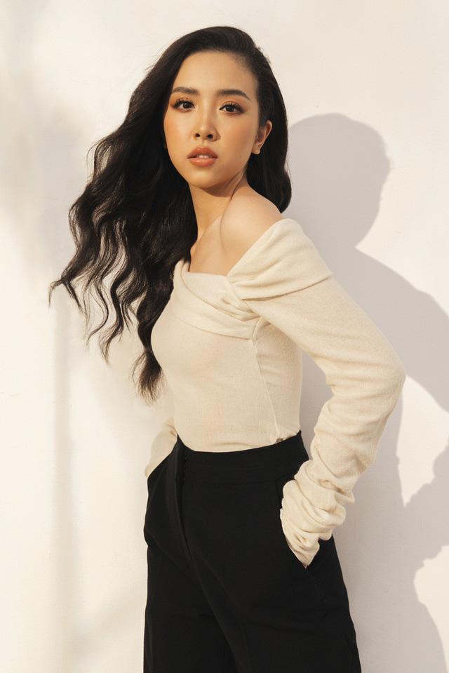 Top 3 Hoa hậu Việt Nam 2018 tung bộ ảnh kỷ niệm 1 năm đăng quang - Ảnh 7.