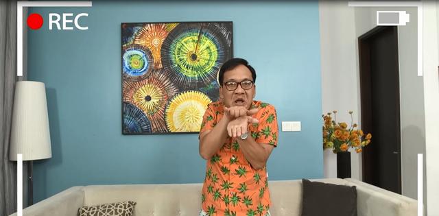 Gia đình 4.0: Cất bằng tiến sĩ để livestream bán hàng, anh Sáng nổi như cồn trên mạng - Ảnh 1.