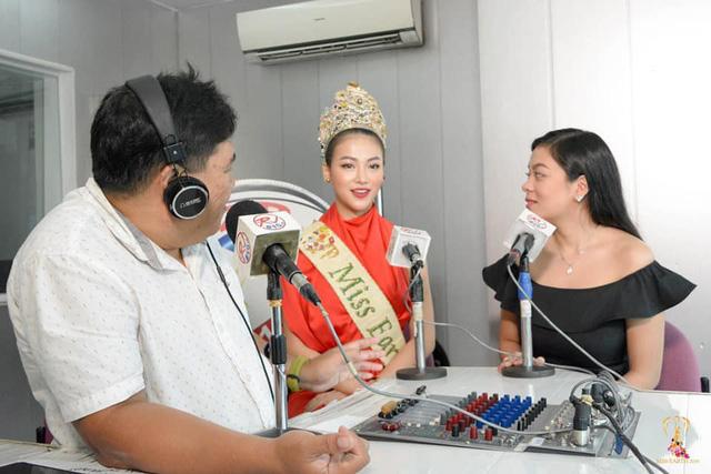 """Hoa hậu Trái đất Phương Khánh đẹp """"hút hồn"""" phủ sóng truyền thông Philippines - Ảnh 2."""